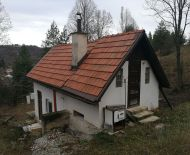 Menší domček s pozemkom v Malachove