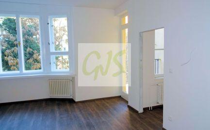 Ponuka nadštandardných apartmánov v kompletne zrekonštruovanej tehlovej budove s novým výťahom.