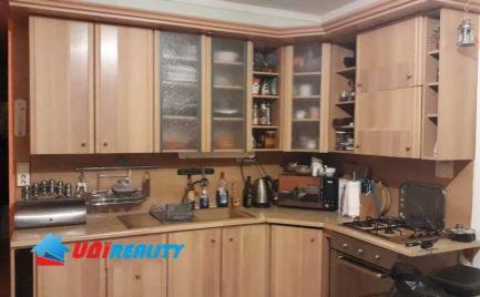 TOPOĽČANY – 4 – izb. veľkometrážny byt / sídlisko JUH / čiastočná rekonštrukcia / 98 m2 / BALKÓN