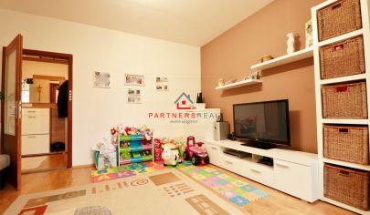 Pekný a útulný, 2 izbový byt,53m2,loggia,predaj, Košice-Sídlisko KVP,Hemerkova ulica