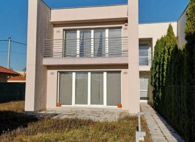 Areté real, Predaj 5-izbovej novostavby rodinného domu v dobrej lokalite v Malinove