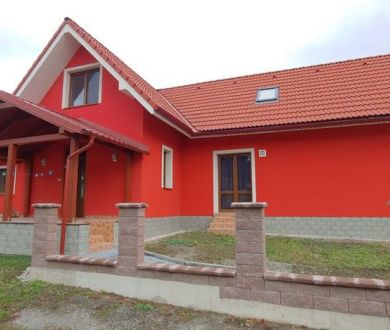REZERVOVANÝ!!!Exkluzívne iba u nás. Ponúkame na predaj novostavbu rodinného domu v lokalite Šebešťanová.