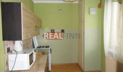 REALFINN  Predaj, dvojizbový tehlový byt v centre, Nové Zámky
