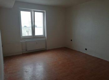 2.izbový byt na ulici Komenského v Trebišove