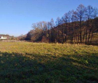Exkluzívne iba u nás! Krásny slnečný pozemok, časť Jelšové, Považská Bystrica.