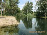Predaj 2 000 m2 stavebný pozemok pri ramene Dunaja, tichá lokalita