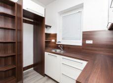 Kráľov Brod (GA): Predaj novostavby 2izb bytu 64m2_Prízemie_oplot. pozemok_PA