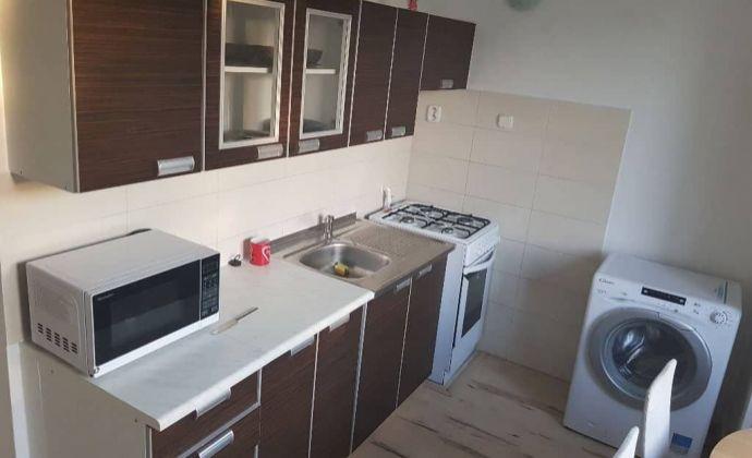 Centrum Nitry - predám 3. izbový byt o výmere 82m2
