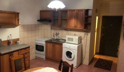 TOP PONUKA!,1 izbový byt, blízko stanice, Nové Zámky