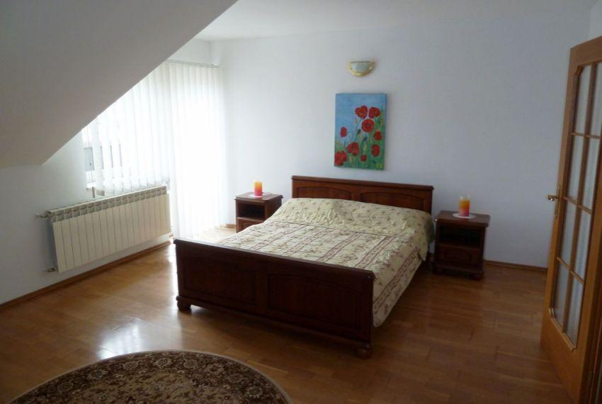 Predaj Rodinné domy Slovenské Ďarmoty-15