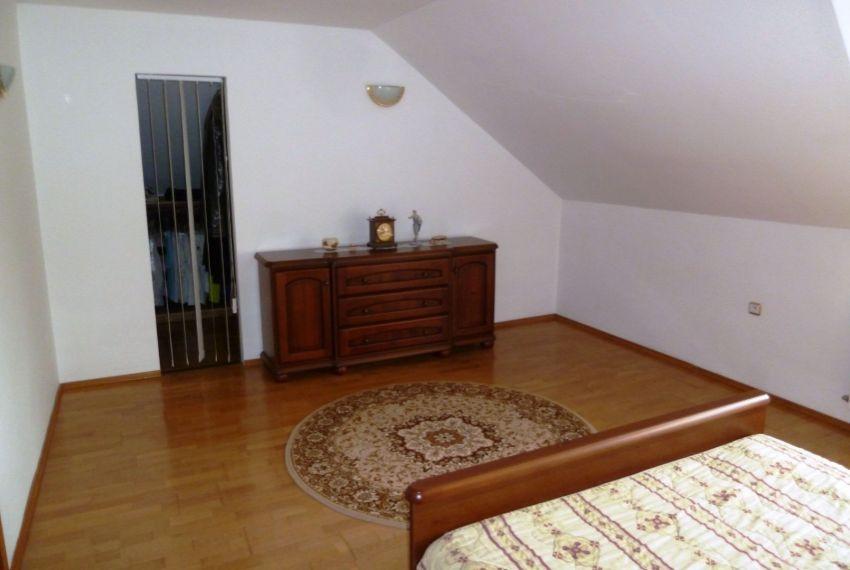Predaj Rodinné domy Slovenské Ďarmoty-16