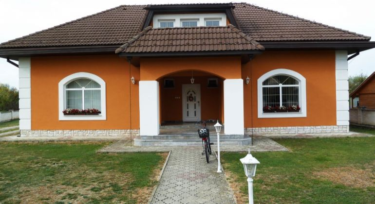 Na predaj rodinná vila blízkosti obce Slovenské Ďarmoty