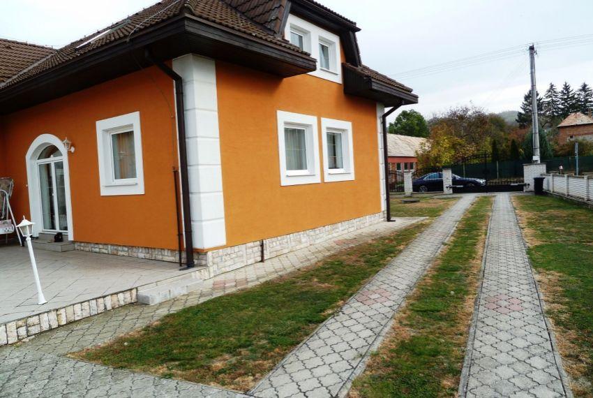 Predaj Rodinné domy Slovenské Ďarmoty-2
