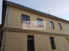 ACT Reality - Dvoj a trojizbový byt v historickom jadre krásneho mesta Banská Štiavnica