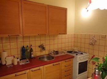 2 izbový tehlový byt v Krasňanoch