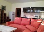 1 izbový byt ( apartmán) - s veľkým balkónom – Vyšehradská ul. Petržalka