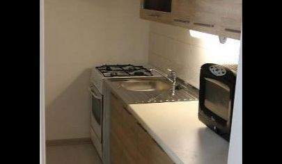 Ponúkame Vám na prenájom zariadený 1 izbový byt Bratislava-Dúbravka, Landauova