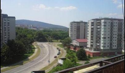 Ponúkame Vám na prenájom zariadený 3 izbový byt Bratislava-Lamač, Bakošova