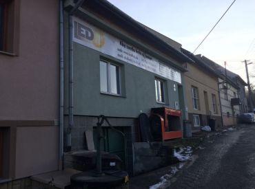 Zrekonštruovaný RD Sládkovičová na podnikanie / bývanie