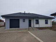REALFINANC - 100% aktuálny! 4 izbový Rodinný Dom s garážou, Novostavba, zastavaná plocha 167 m2, pozemok 755 m2, Špačince 4 km od Trnavy !