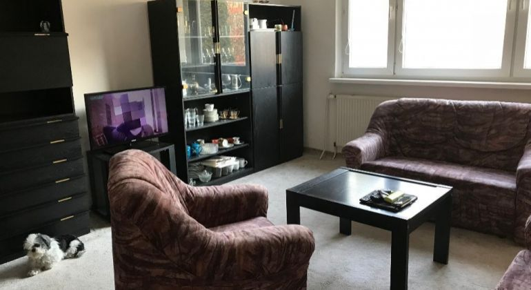 Predaj- veľký, slnečný 1,5 izbový byt, 46m2  - Karlova Ves, Veternicova ul.