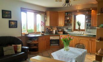 predám nadštandardnú rodinnú vilu v Nitre - Zobor
