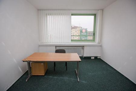 IMPEREAL - prenájom - kancelárske priestory 114,16 m2,   A 7.p., nám. SNP, Bratislava I