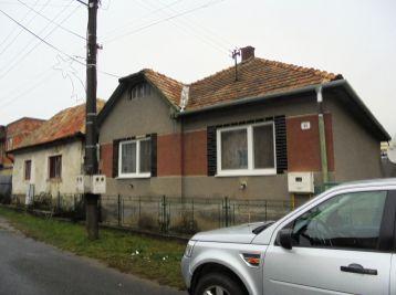 Šíd pri Fiľakove 3-i dom, 80 m2 - starší RD so studňou, ŠIKOVNÝ POZEMOK 1800 m2