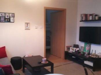 Priestranný a slnečný 2 izbový byt