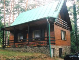 Kováčová – chata v peknom prostredí – predaj