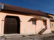 Kancelárie v tichej ulici v Žiari nad Hronom