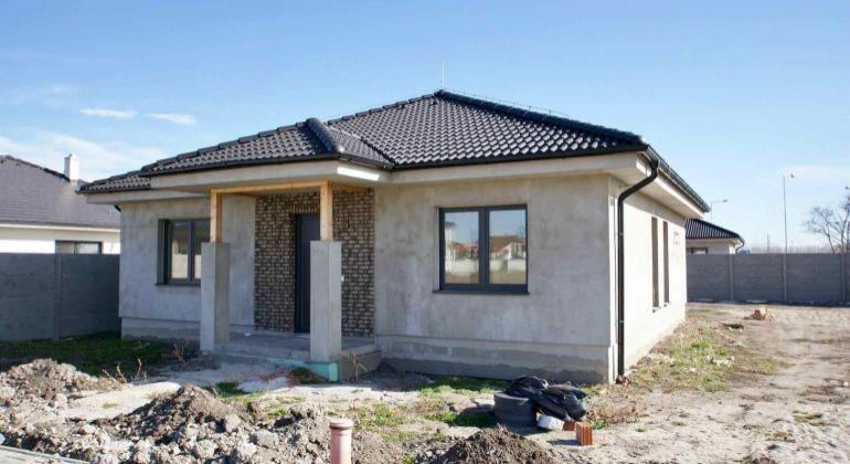 Nový 4-izbový rodinný dom na kľúč v Dunajskej Strede.