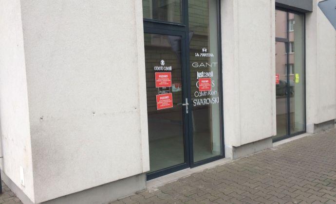 Ponúkame na prenájom nový obchodný priestor v centre mesta Rimavská Sobota