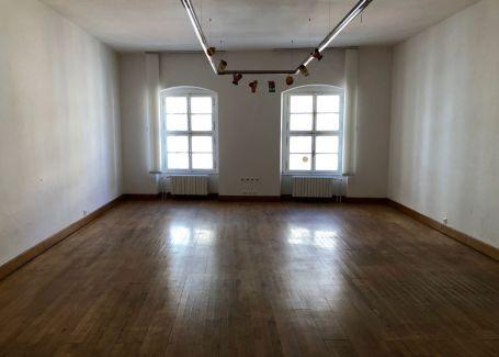 Kancelárske a obchodné priestory v centre, Michalská, Bratislava