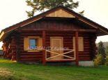 Novostavba masívneho dreveného zrubu v Oščadnici.
