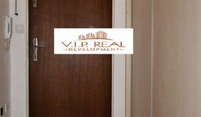 Ponúkame na prenájom 1.izbový byt po čiastočnej rekonštrukcií, zariadený, s balkónom na Račianskej v Novom Meste.