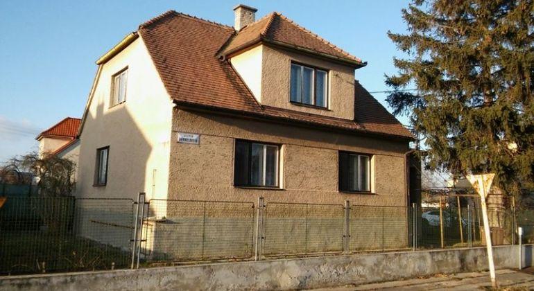 Na predaj rodinný dom v Skalici 1e080a3cb80