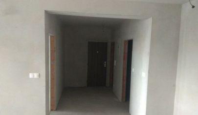 Ponúkame na predaj 2. izbový byt v novostavbe s balkonóm v stave holobytu na Žitavskej ulici v Senci.