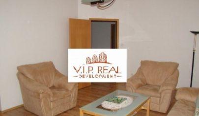 Ponúkame na predaj krásny 3. izbový byt v novostavbe, zariadený s uzamykateľnou záhradou na Železničnej ulici v Rovinke.
