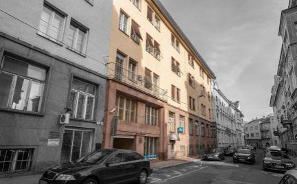 Na predaj 3 izbový byt - apartmán 3/6, Bratislava-Staré Mesto, Gunduličova