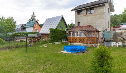 Novostavba chatka s veľkým pozemkom Ferčekovce