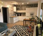 Veľmi pekný, slnečný 3 izbový byt s kuchynským kútom, 68 m2, Dubnica nad Váhom, Pod Hájom