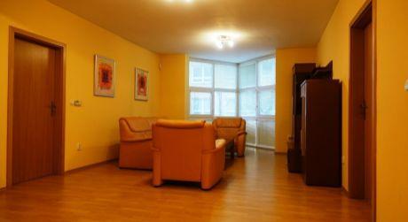 Exkluzívne na  predaj 4 izbový byt, 128 m2, Trenčín,ul.Hurbanova, garážové státie