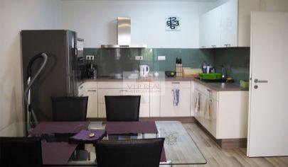 Nadštandardný 2-izbový byt s loggiou v Ružinove