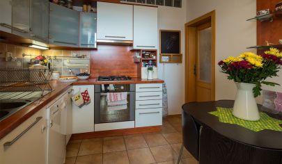 Na predaj luxusný 3-izbový byt s loggiou na začiatku Petržalky