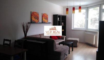 Pekný 2-izbový byt s loggiou v novostavbe, Jégého, Ružinov