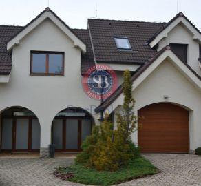 StarBrokers – Prenájom – Atraktívny 4- izbový rodinný dom v Devíne s jacuzzi / Vermietung - 4-Zimmer Haus in Devín mit Jacuzzi