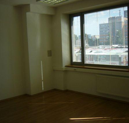 StarBrokers – PRENÁJOM reprezentatívnej kancelárie (21 m2), novostavba, Košická