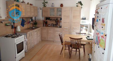 Na predaj tehlový 2 izbový byt so záhradou, 49 m2, Trenčín, Istebník
