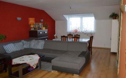 Veľký 4-izbový byt na vidieku, len 3 km od Púchova
